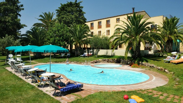 Alghero Resort Country Hotel Piscina